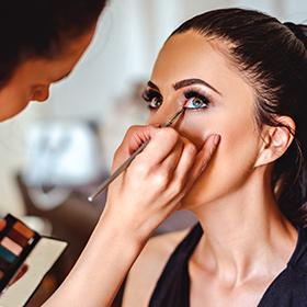 Peinados y Make-Up